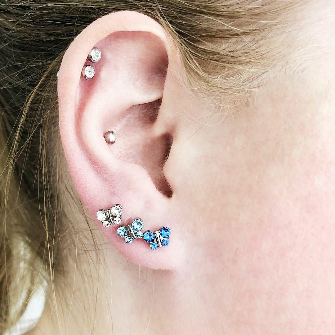 Earring and Ear Piercing Trends 2020 – #2: Multiple Ear Piercings per Ear